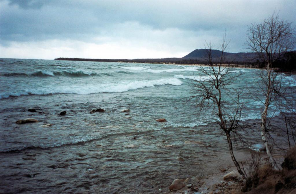 Осенний шторм в губе Каткова.