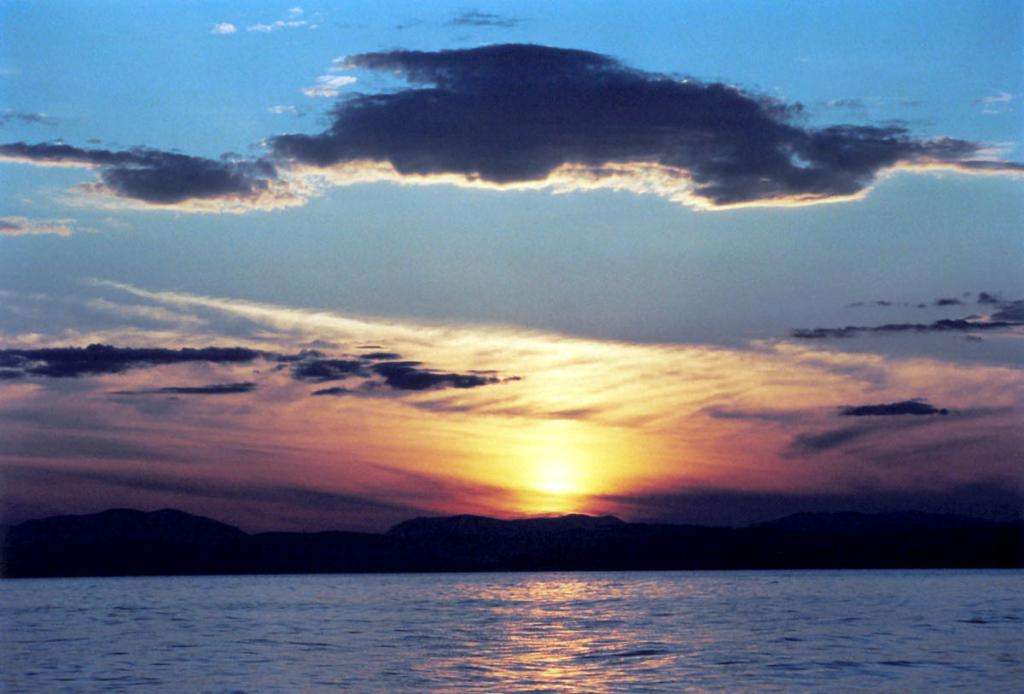 Закат над Байкальским хребтом.