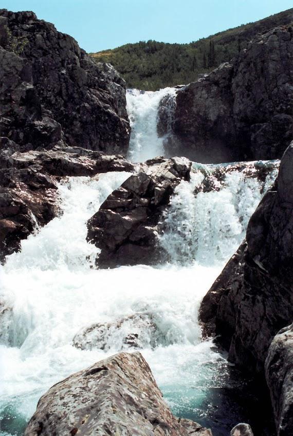 """Каскад """"Чудо Тонгоды"""". Вершина реки Правая Тонгода. Байкало-Ленский заповедник."""