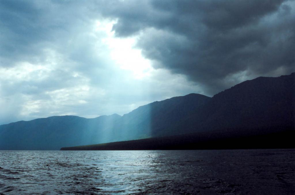 Оттуда, где Вечное Небо - Привет! На снимке: северо-западное побережье у мыса Большой Солонцовый.