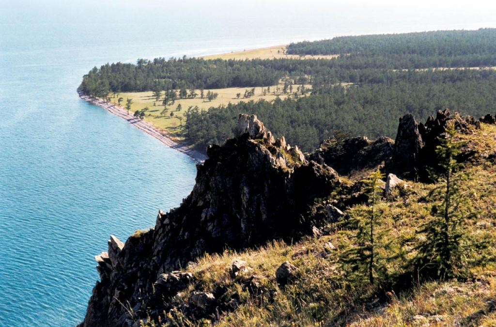Мыс Онхолой (Кочериковский) - южная граница Байкало-Ленского заповедника.