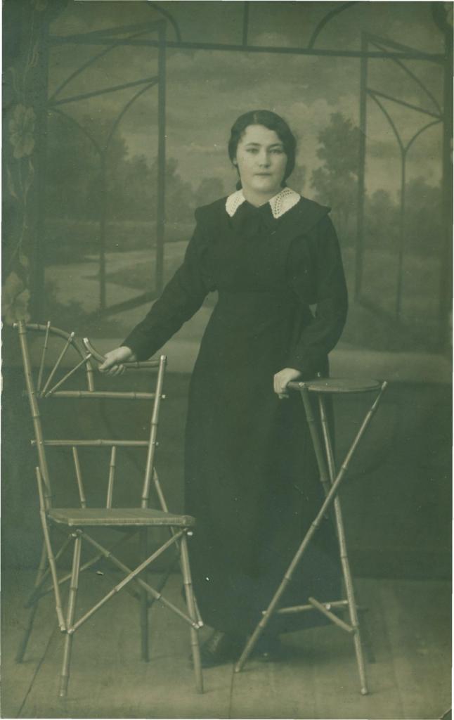 28 мая 1915 г. На память брату от сестренки Дашечки