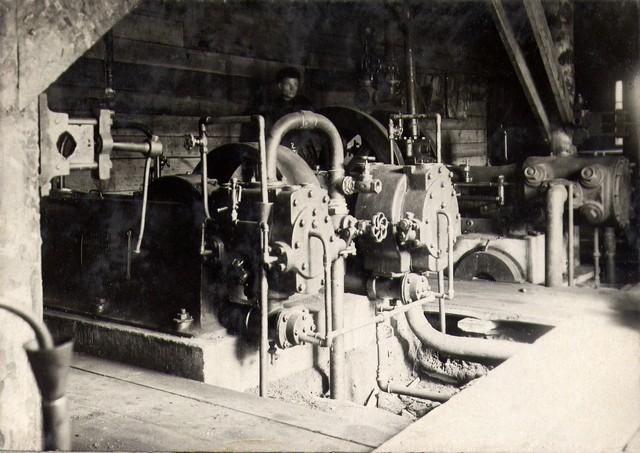 В компрессорной станции. Апрель 1932 г.