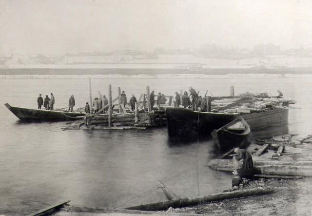 Спуск большого ряжа №1 в воду. Ноябрь 1934г.