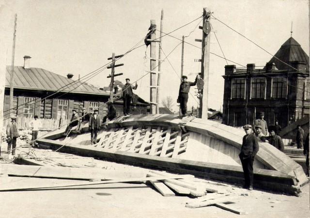 Кружала устанавливаются в вертикальное положение. Апрель 1935г.