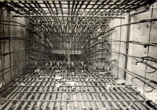 Укладка арматуры в арке. Июль 1935г.