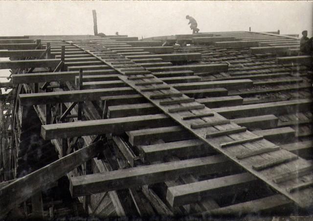 Обрешетка под опалубку арочного пролета. Август 1935г.