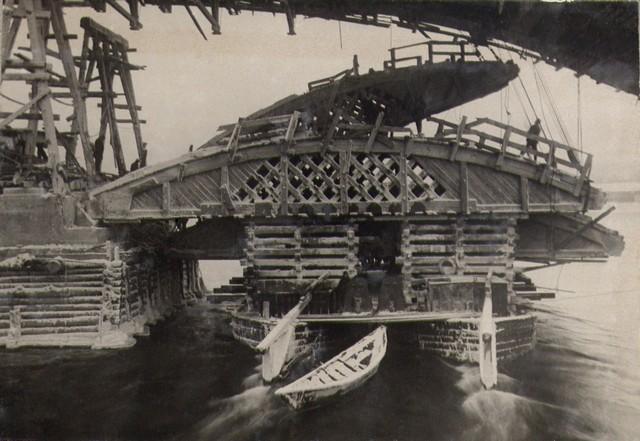Демонтаж дощатых кружал. Ноябрь 1935г.