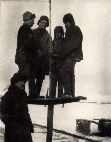 Бурение скважин на лев. Берегу. Февраль 1936г.