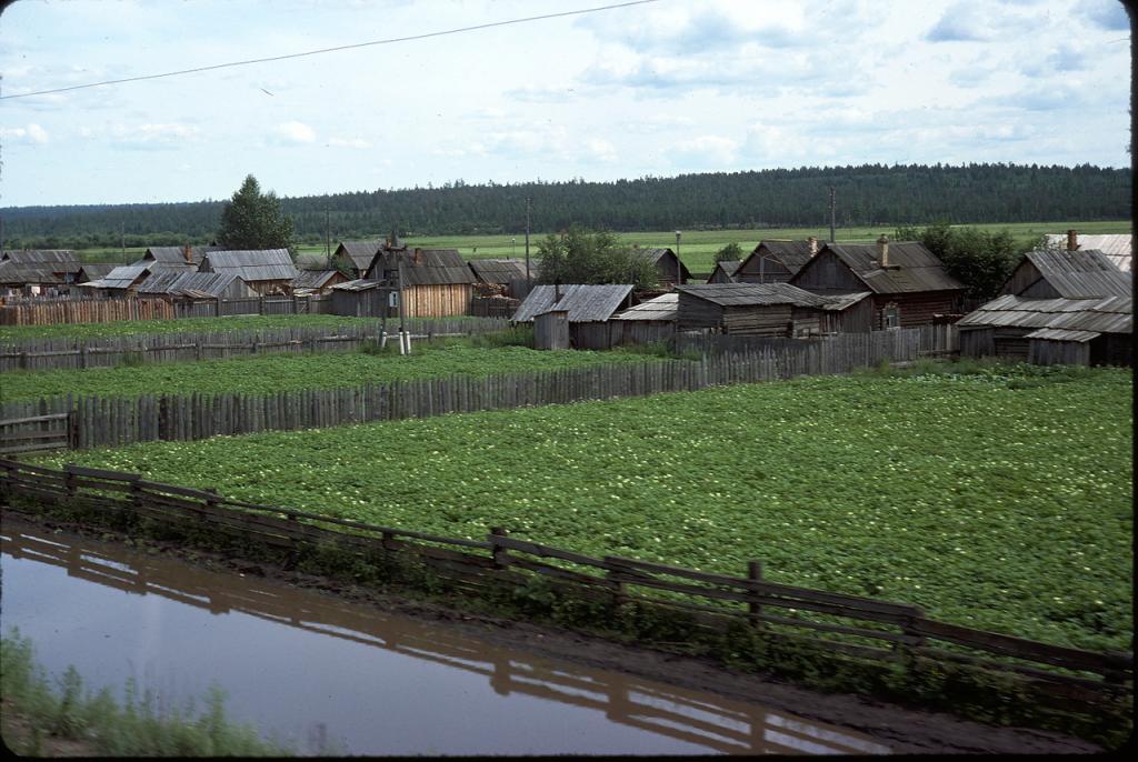 Деревня к югу от Братска