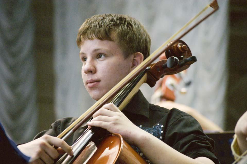 Музыка в детских руках