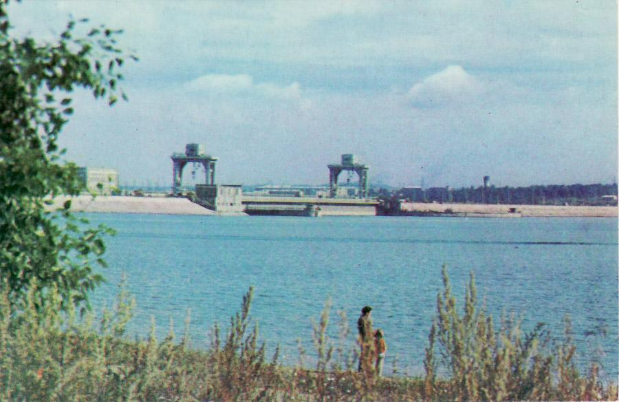Иркутская ГЭС. 1975 год