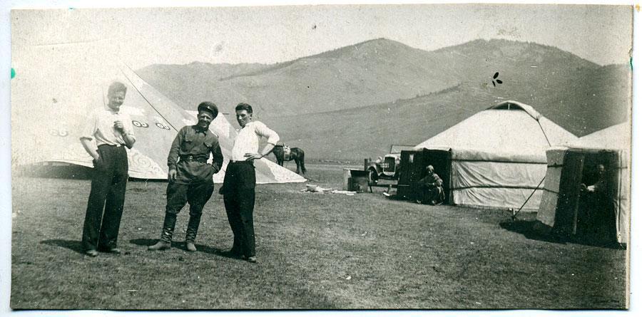 Красная армия (РККА) в Монголии. Примерно период Халхин-Гольских событий. Быт