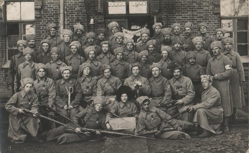Чехословацкий полк на празднике святого Вацлава - покровителя Чехии (Иркутск, Глазковское предместье, 28 сентября 1918 год)