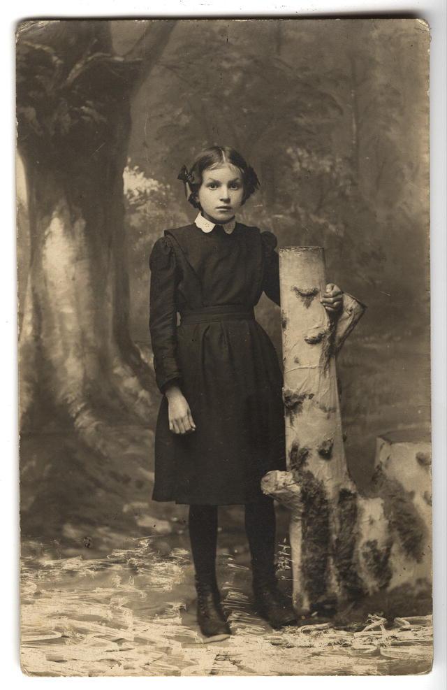 Евгения Решетникова, гимназистка
