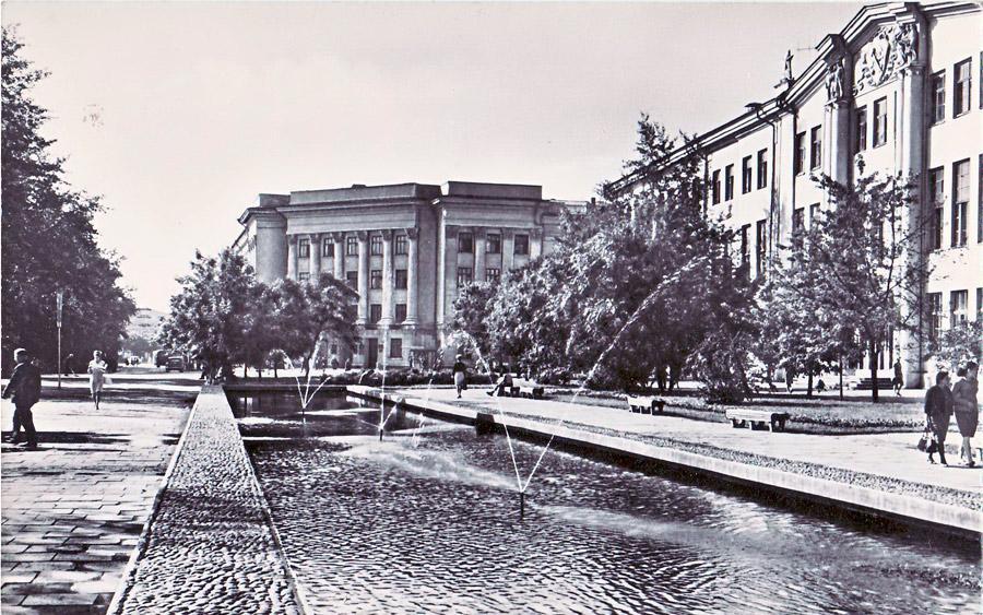 Иркутск. Площадь Труда. 1968