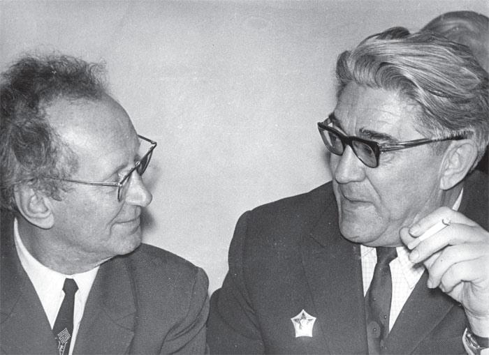 Слева направо: Л. А. Кукуев, В. В. Киселёв