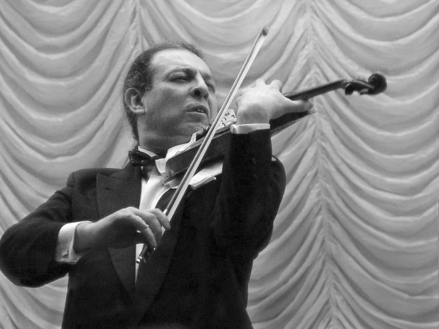 Скрипка над оркестром (Александр Островский)