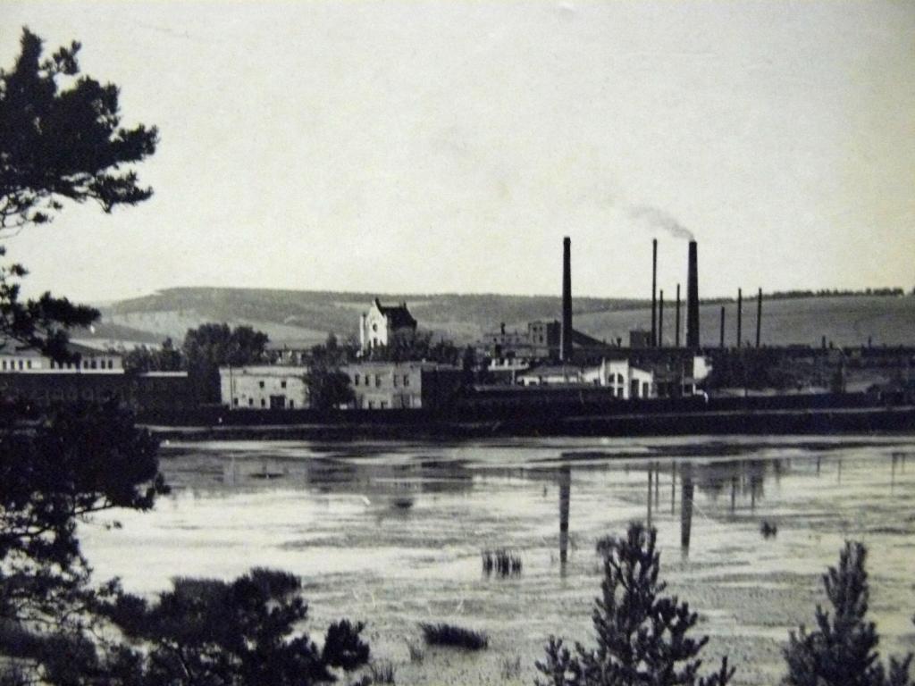 Хайтинский фарфоровый завод в с. Мишелёвка, Иркутской области