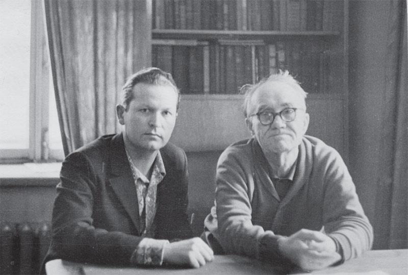 Слева направо: В. Рудых, К. Седых