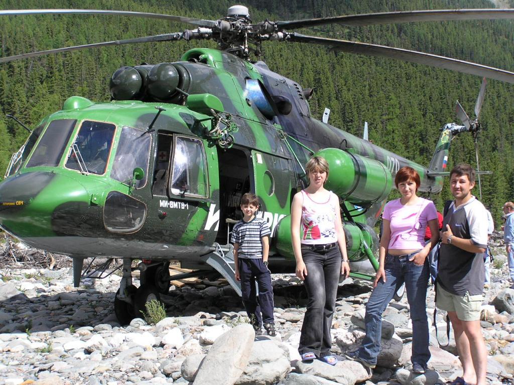 Вертолет прилетел!!! На Шумакские источники можно попасть и на вертолете.