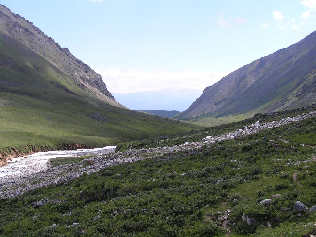 Вид на Тункинскую долину. По долине реки Эхигер в Тункинскую долину и домой, в Иркутск.