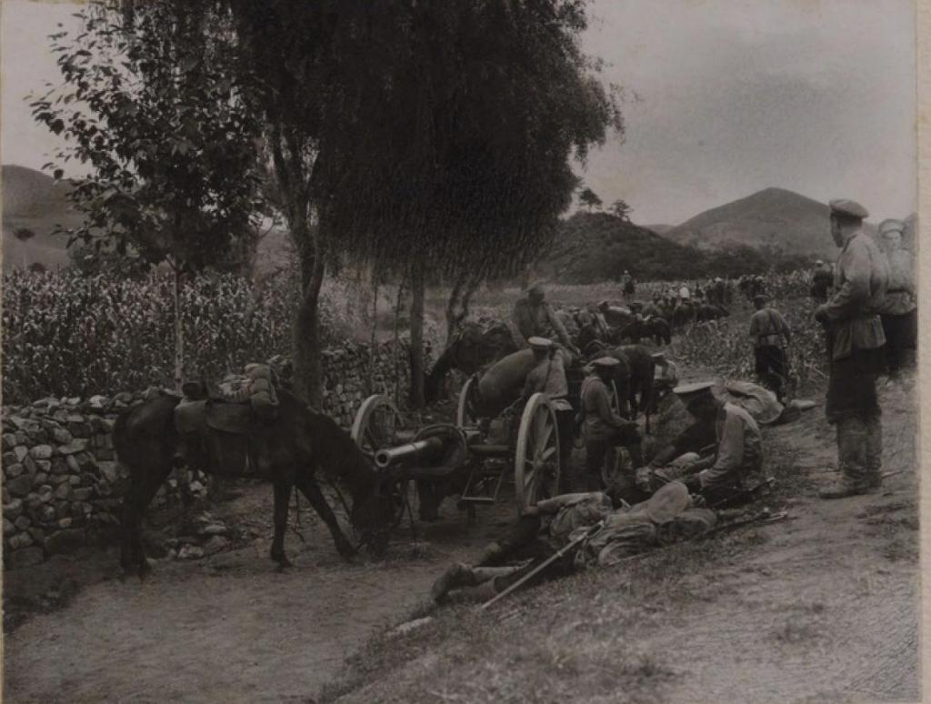 Горно-разведочный разъезд под командованием сотника фон Екее. 1 сотня 2 Верхнеудинского полка Забайкальского казачьего войска 3 и 5 июня 1904