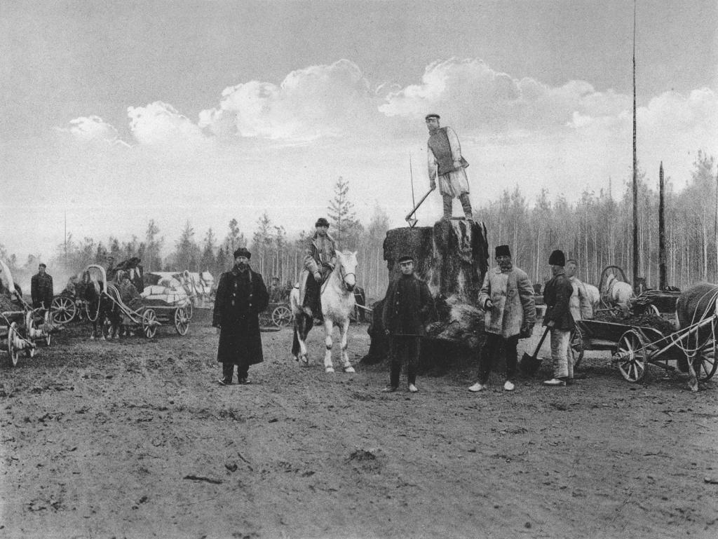 2444 верста. Общий вид земляных работ на Окульшетском варианте. Строительный период 1909 г