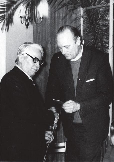 Слева направо: А. П. Зверев, Р. В. Филиппов