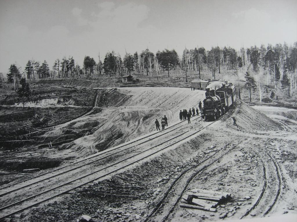 2572 верста. Новая насыпь под два пути. Строительный период 1910 г.