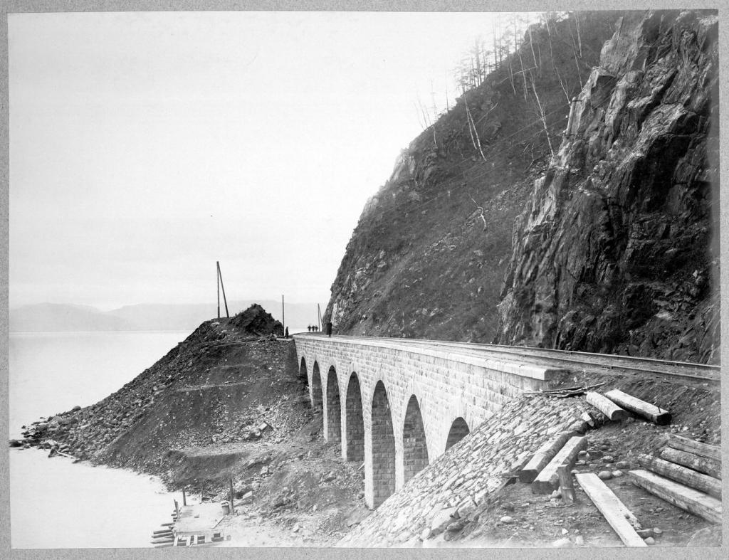 Виадук длиной 40,2 сажени на 72 версте.