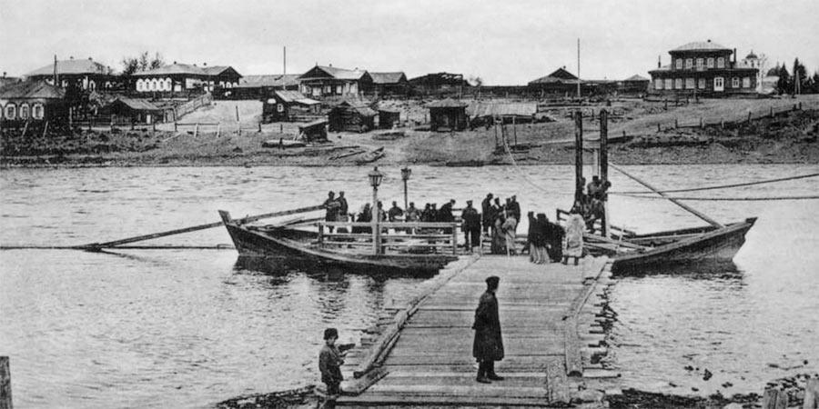 Река Уда, Нижнеудинск, дом нижнеудинского городского главы. Фотография начала XX века.