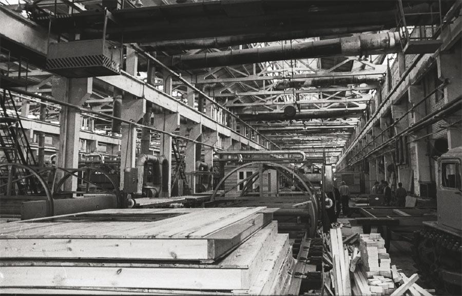 Завод зданий контейнерного типа до «перестройки»...