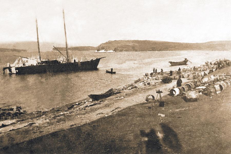 Погибшее судно «Потапов».1901.
