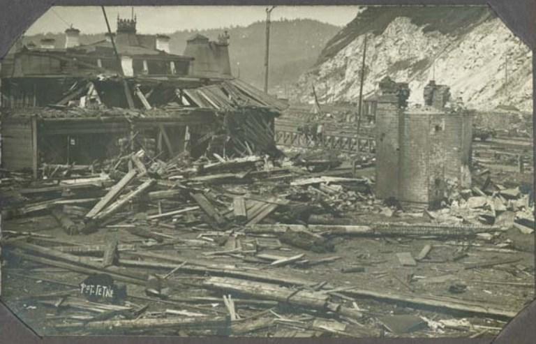 Последствия взрыва на станции Байкал