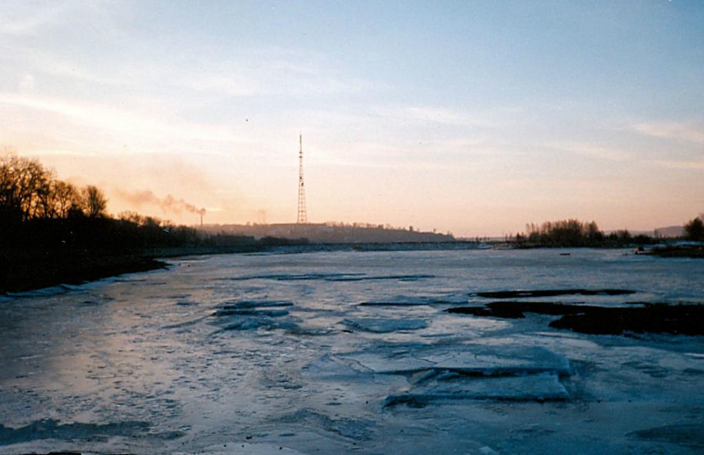 Транссибирская магистраль - 1990 год. Иркутск на Ангаре.