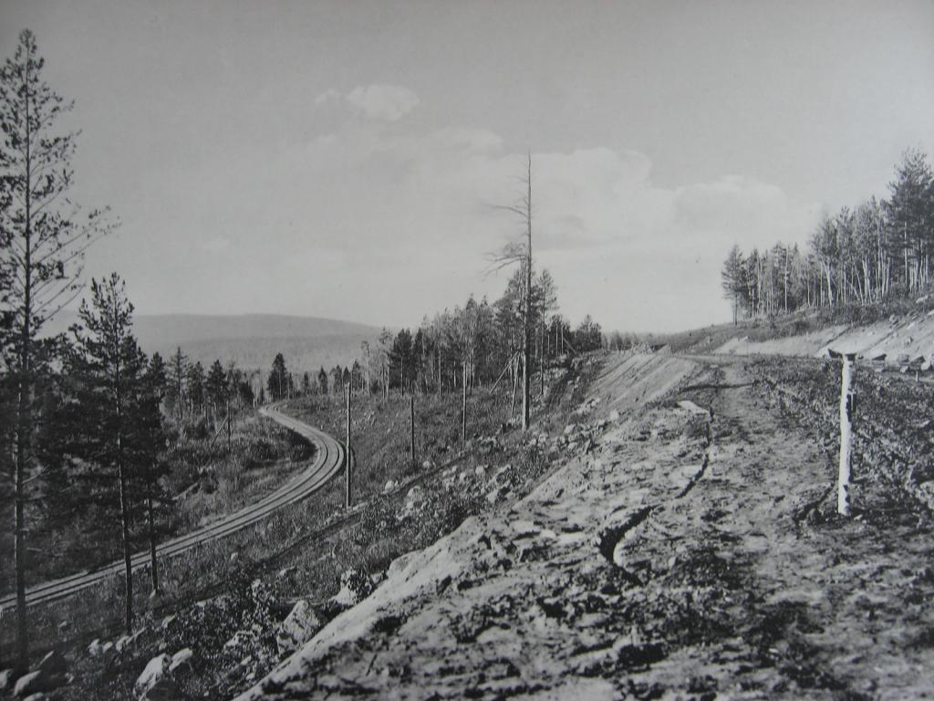 2575 верста. Марский косогор; старое и новое полотно. Строительный период 1909 г.