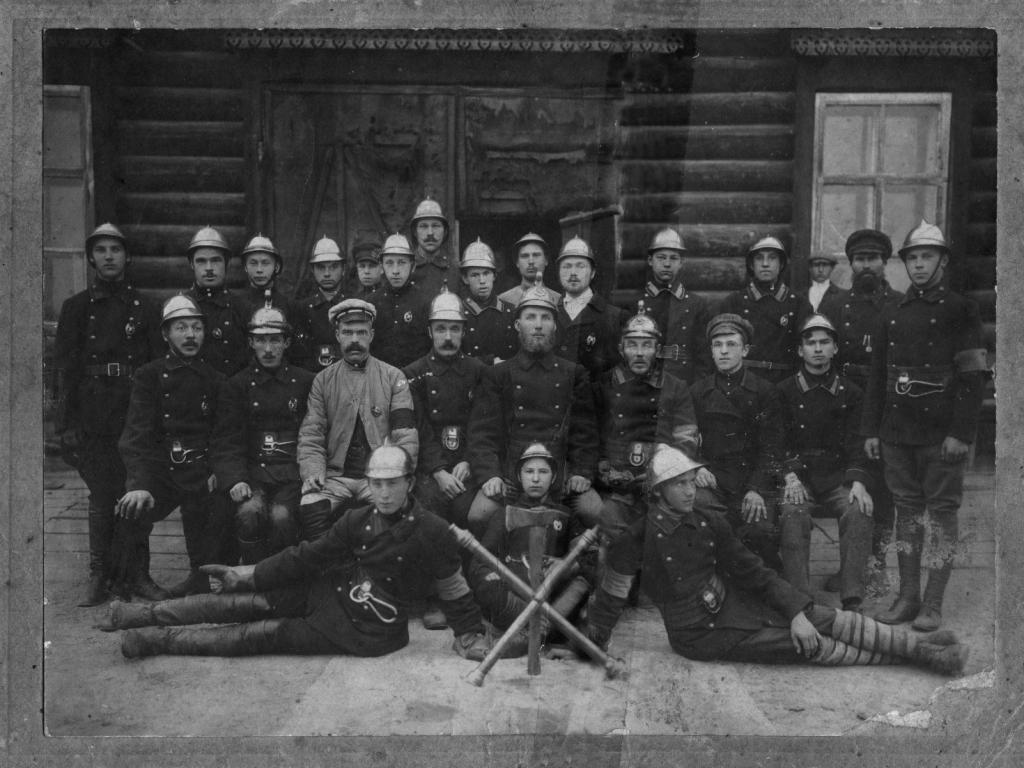Вольная пожарная дружина с. Усолье. Начало ХХ века.