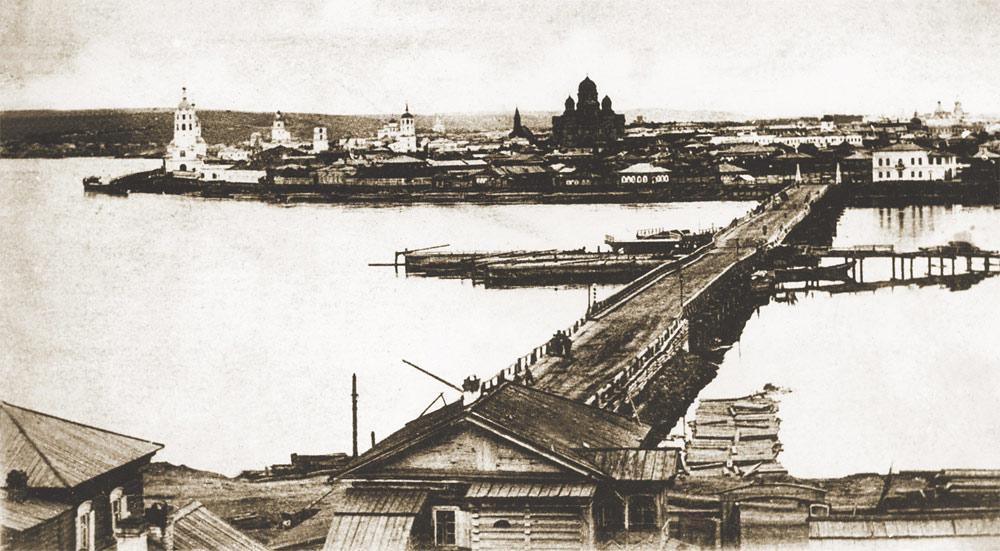 Николаевский понтонный мост через Ангару