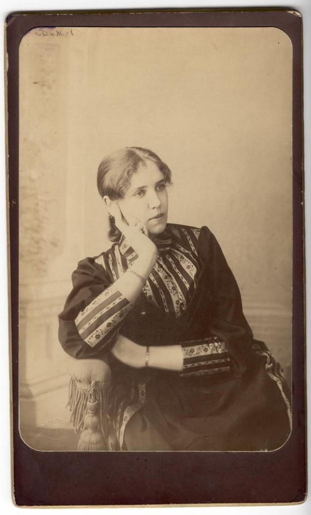 Н.И.Марковская, дочь польского повстанца Иосифа Марковского. Иркутск, начало XX века.