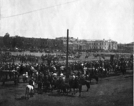 Иркутск. Тихвинская площадь. 1917 или 1919 г. Из коллекции И.Булыгина.