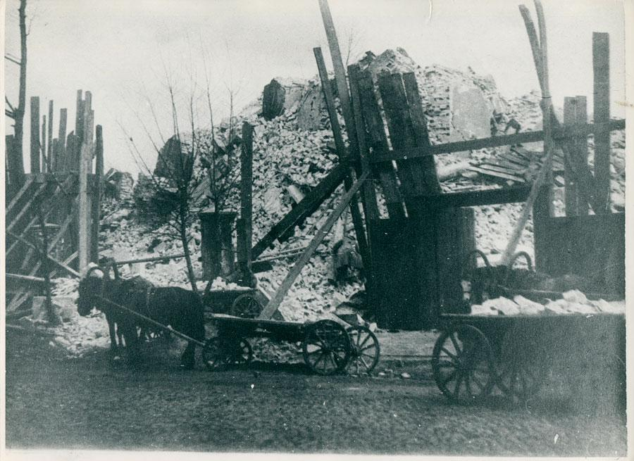 Церковь после взрыва. Из архива Эльвиры Каменщиковой