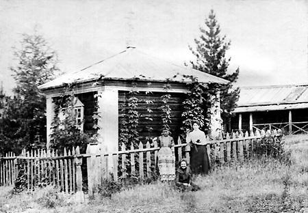 Автор неизвестен. Яшаровка. Часовня. 1899 г. Из коллекции Игоря Булыгина (Иркутск)