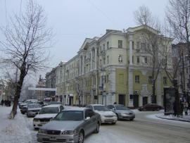 Дом на углу ул. Карла Маркса и Богдана Хмельницкого