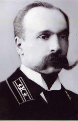 Александр Петрович, несмотря на дворянские корни, как и многие идеалисты того времени, принял революцию и всю жизнь служил отечеству, уже ставшему советским. Специалистов такого уровня в Иркутске в то время было немного