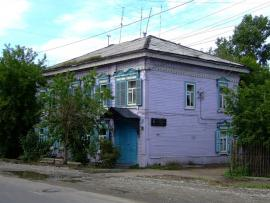 Доходный дом, построенный в конце XIX - начале XX вв. Принадлежал купцу Штанбоку