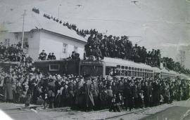 16 апреля 1954 г. МТВ - 82. Открытие последней секции первой трамвайной линии.