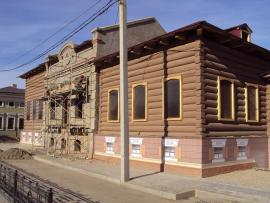 Дом по улице 3-го Июля (бывшей Нижне-Амурской), на территории исторического 130-го квартала Иркутска
