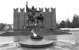 Памятник сибирским полкам на Волоколамском шоссе