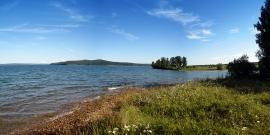 Иркутский район. Иркутская область. Берег Иркутского водохранилища.